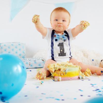 baby boy cake smash photoshoot worcestershire